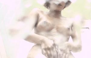 カラダを洗う素人女性