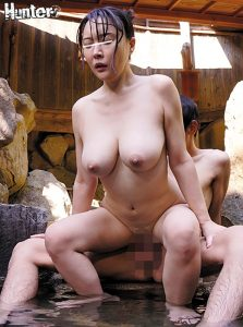 爆乳娘と露天風呂で・・・